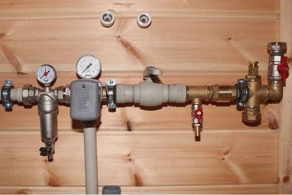 Что такое обратный клапан на воду, зачем он нужен и как самостоятельно его поставить?