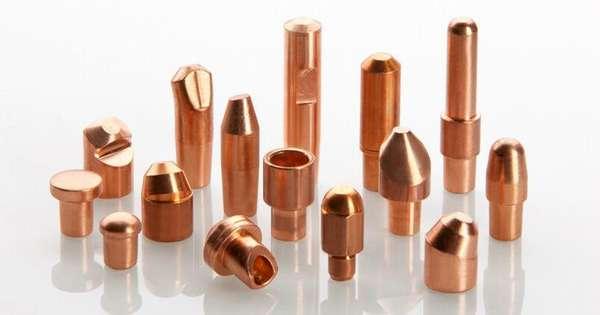 Электроды чаще всего изготавливаются из меди и ее сплавов. В некоторых случаях допускается использовать металл с медным напылением.