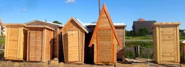 Фабричные типовые изделия. Понятно, что такие деревянные туалеты своими руками можно сделать качественно и достаточно быстро