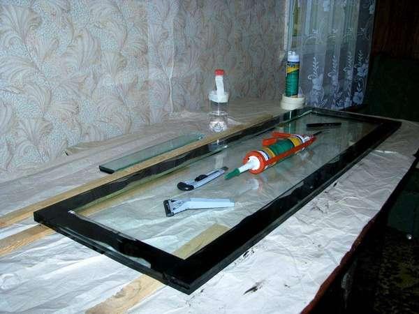 Подготовка к изготовлению – герметик и стекло, больше ничего и не нужно