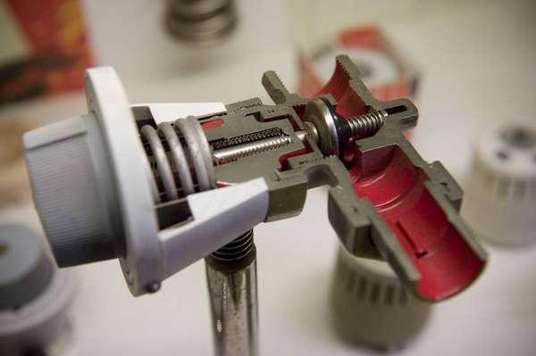 Механических регулятор в разрезе