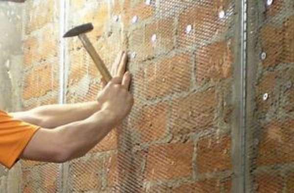 Защита и изоляция стен бани от жара печи правила устройства защитных экранов и обшивок