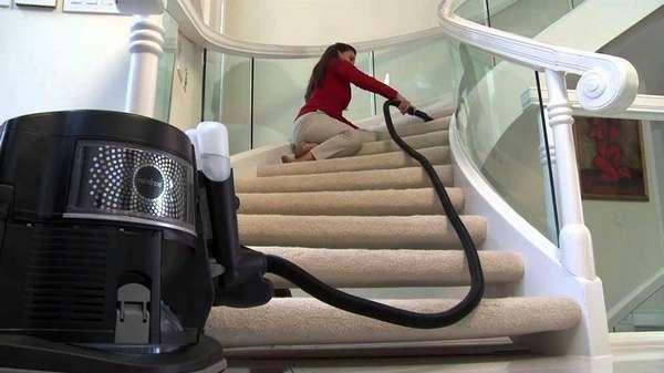 Практически любую поверхность в доме можно очистить при помощи моющего пылесоса