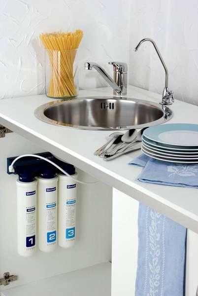 Для монтажа фильтра для воды Барьер EXPERT Ferrum не требуется много свободного пространства