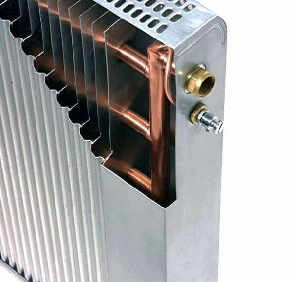 Алюминиевый радиатор с медным сердечником