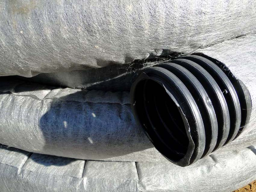 Дренажная труба 110 в фильтре