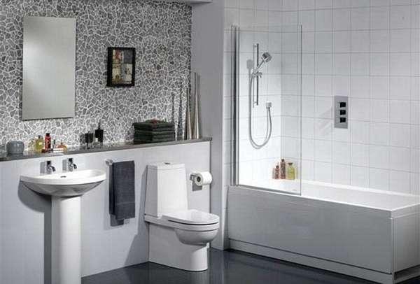 Вариант установки ванной и душа в совмещённом санузле
