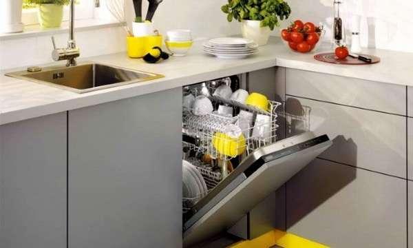Установка гидробака спасет посудомоечную машину от перепадов давления