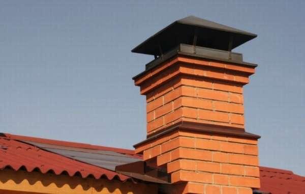 Кирпичный дымоход для загородного дома