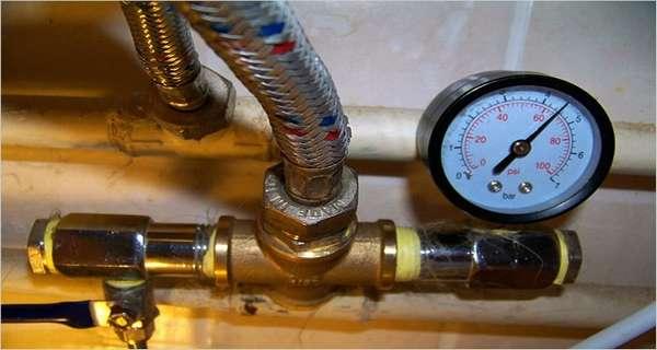 Напор воды в системе водоснабжения
