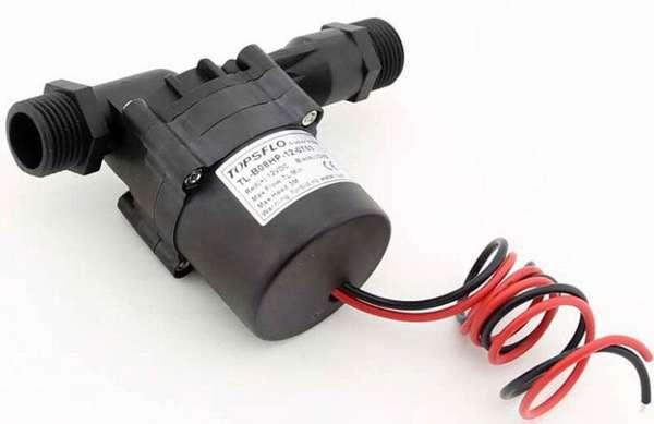Самый маленький циркуляционный насос для отопления можно подключить к автономной сети питания постоянного тока в 12 V