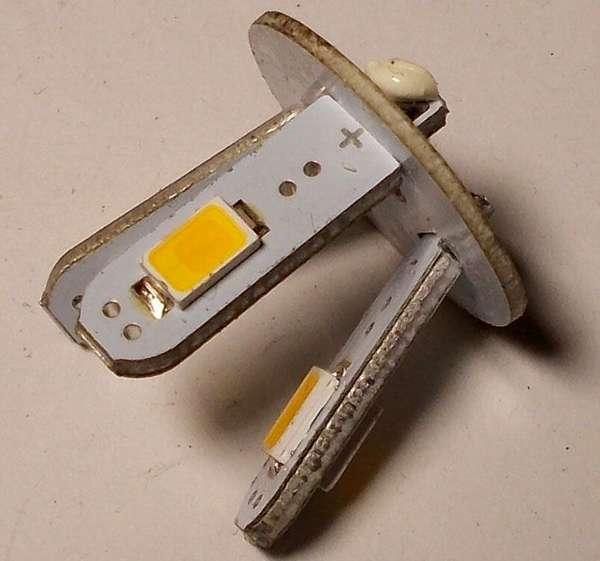 Извлечь из такой конструкции светодиод без повреждения с применением строительного фена невозможно
