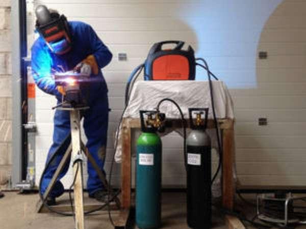 Устройство и использование кислородных баллонов для сварки
