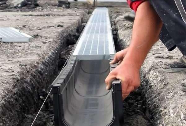 Монтаж ливневки в наружной канализации