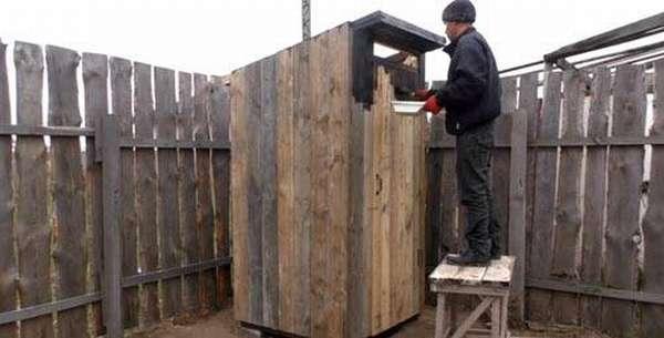 Туалет для дачи: пошаговая инструкция с пояснениями и комментариями