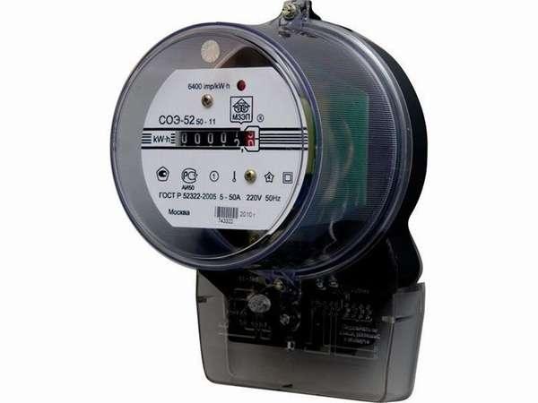 Если на индукционном счетчике есть маркировка «Д», к нему можно подключить оборудование для передачи данных по электроэнергии