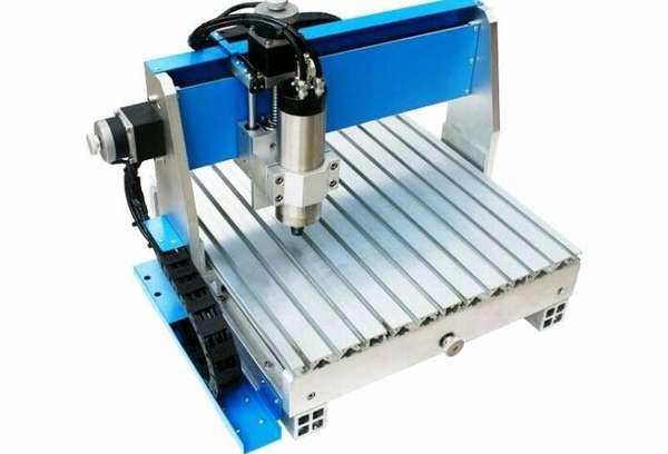 Компактный агрегат для обработки дерева с ЧПУ Minimo 3040 TT