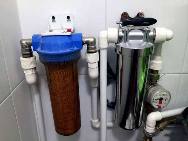 Магистральный проточный фильтр для воды
