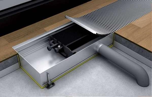 Водяной конвектор может быть встроен в пол