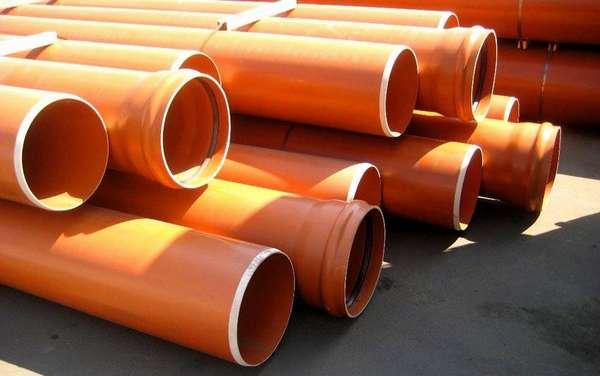 Подойдет стандартная полимерная труба для канализационной системы
