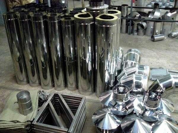 В большинстве специализированным магазинов представлены почти все виды труб для дымоотвода, а так же необходимые фасонные изделия и крепеж