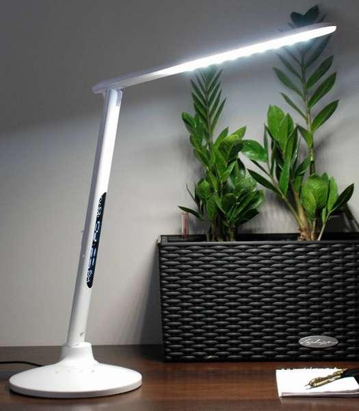 Оригинальный светодиодный светильник с поворотным верхом идеально подойдет как для школьника, так и для офисного работника