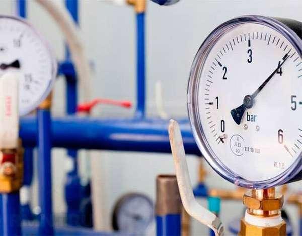 Для обеспечения равномерного и нормального напора воды следует грамотно подобрать насосное оборудование