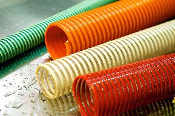 Гибкие трубы можно даже выбрать по цвету