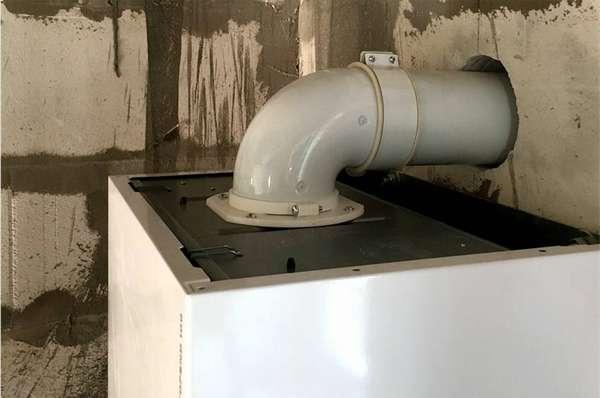 Пример присоединения дымоотвода такого-же диаметра, как и выходное отверстие у котла