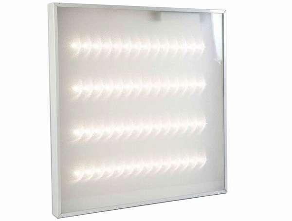 Стеклянный или полимерный рассеиватель скрывает технические компоненты, обеспечивает равномерное распределение светового потока