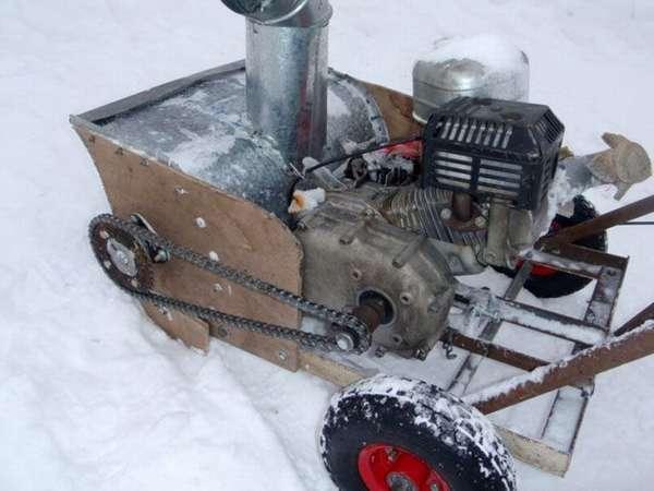 А так может выглядеть готовый снегоуборщик