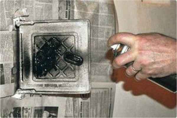 Как выбрать термостойкую краску для печи?