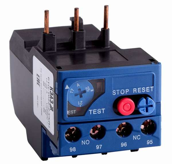 Это устройство отключает напряжение при перегрузке сети по мощности, сберегая электропроводку