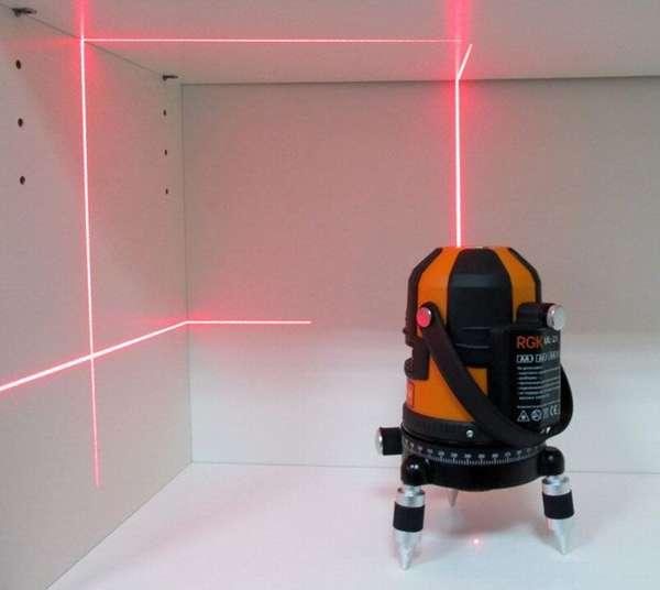 При работе с таким устройством мастера оценивают работу сразу в нескольких плоскостях.