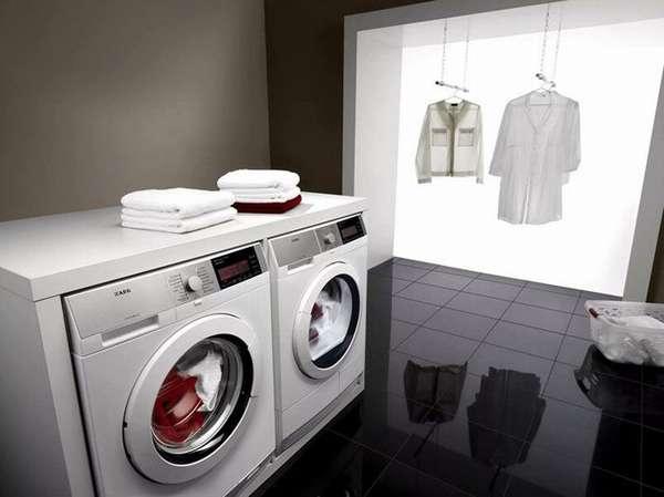 Тщательное изучение конструкций стиральных машин с сушкой и глажкой позволит убедиться в отсутствии встроенного утюга