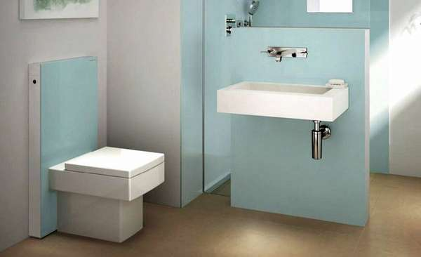 Современная ванная комната с электронным управление сантехническим оборудованием