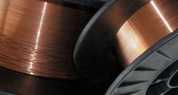 Какие виды сварочной проволоки для полуавтоматов существуют: порошковая и омедненная