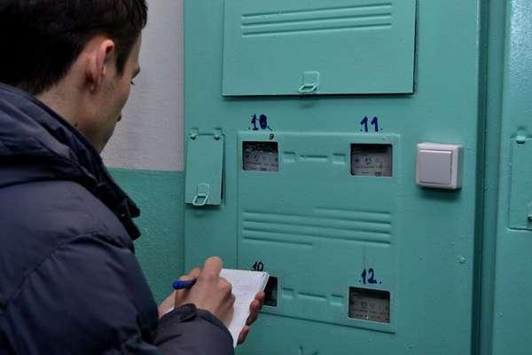 Скоро контроллерам энергонадзора не придется ходить по подъездам с проверками – все данные будут в ПК
