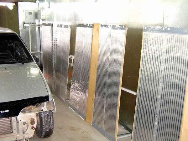 По стенам гаража ПЛЭН отопление порой просто необходимо