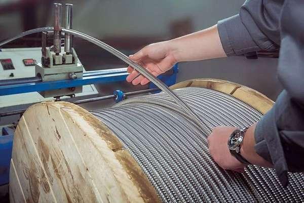 Стоит ли использовать гофрированную трубу из нержавейки для отопления?