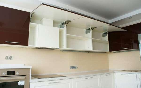 Встраиваемое устройство может быть полностью спрятано в шкаф
