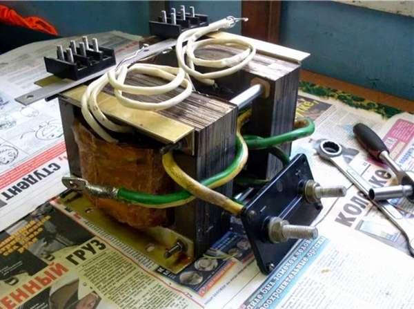 Самодельный сварочный аппарат точечной сварки из инвертора.